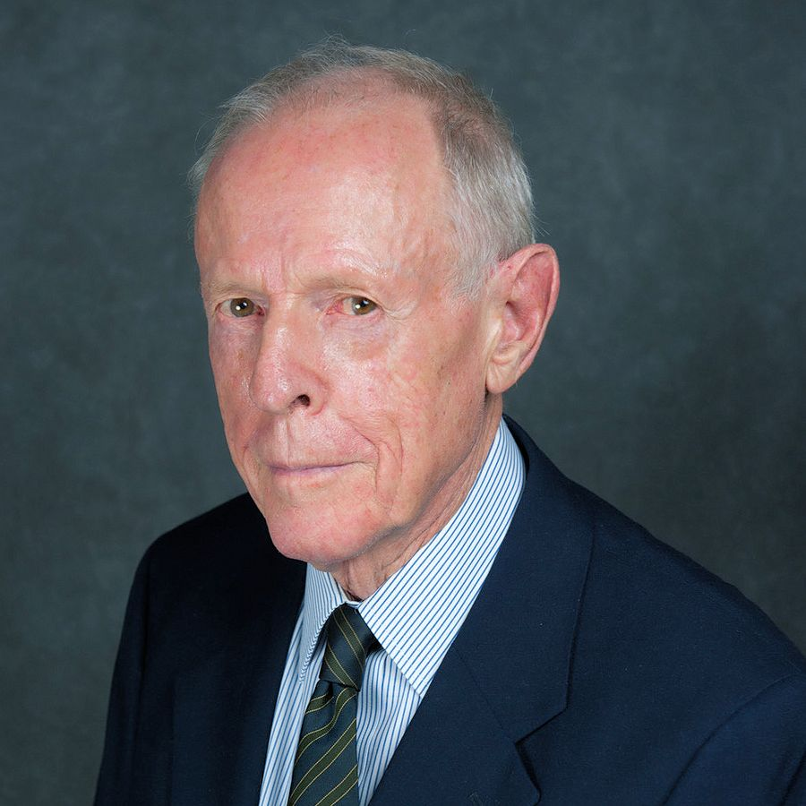 MICHAEL R. CHRISTIE BCom (Unisa)
